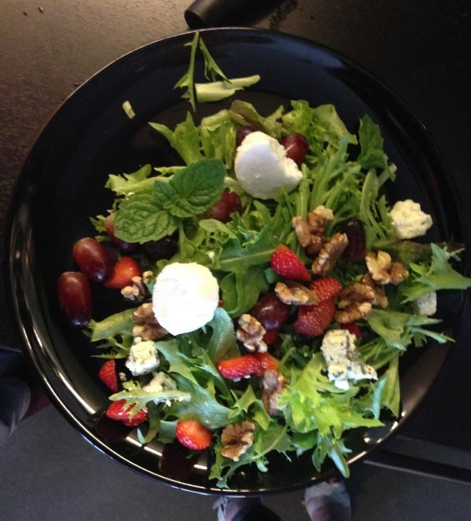 Helenan salaatti