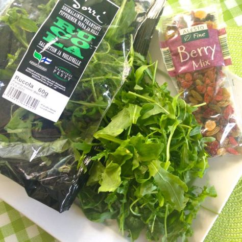 Rucola berrymix salaatti