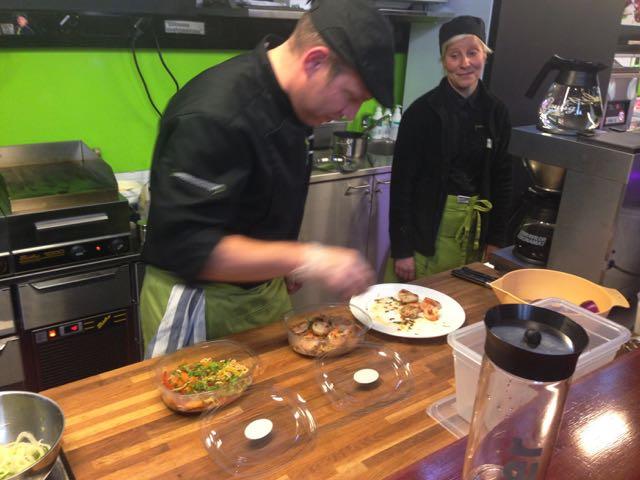 Salaatti nro 74 – Bar Holleville ja Rucola